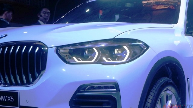 Lampu Depan All New BMW X5